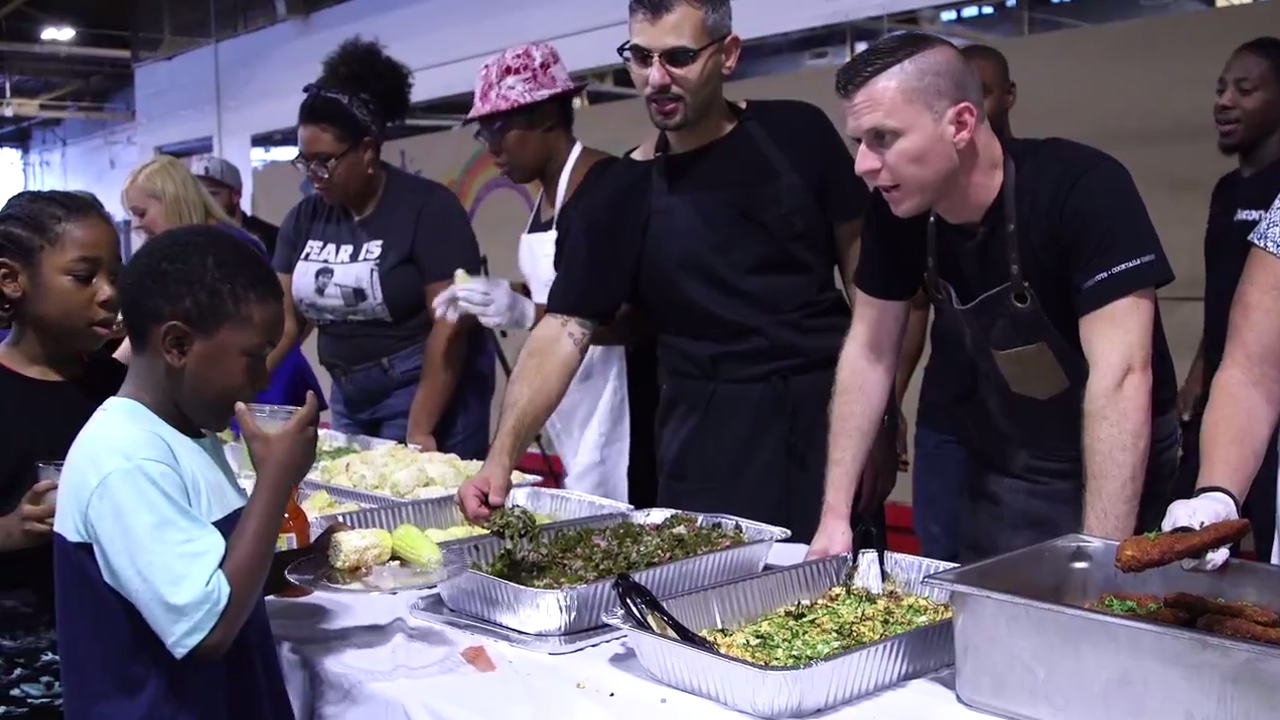Chefs make gourmet meal for kids out of food headed for the landfill