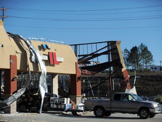 636208766045097327-Petal-tornado-damage-1.jpg