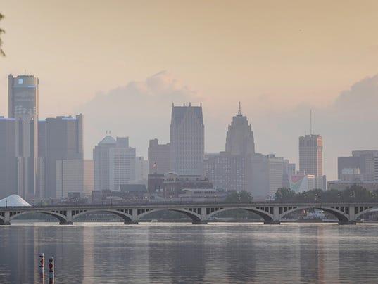 Detroit skyline 071014