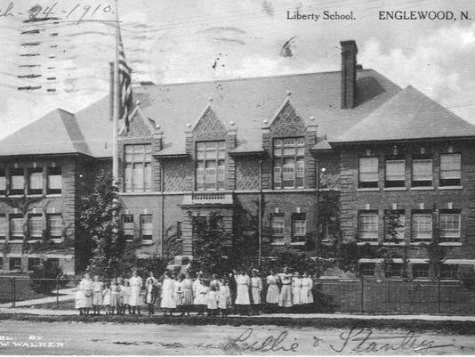LibertySchool1910PostCard.jpg
