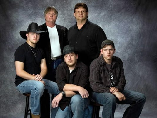 Country cover band Hillbilly Thunder recently played their first gig and hopes to incorporate original music in their sets soon.