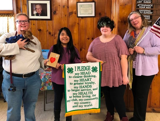 Student members of the Union County 4-H Dog Lovers