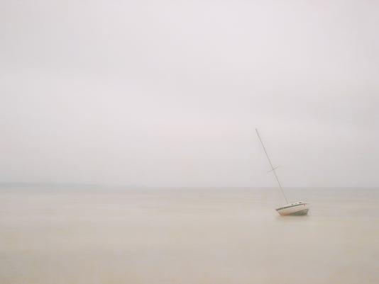 Raepple_Gulf,_Fog_Mist_and_Rain.jpg