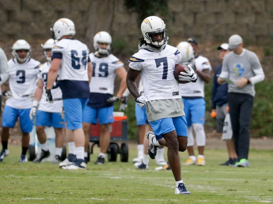 San Diego Chargers rookie Mike Williams runs with the