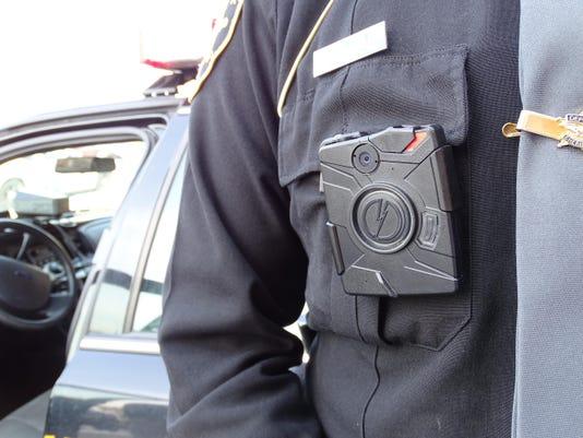 IMG_Deputy_cameras.JPG_1_1_ETA3STNL.jpg_20150303.jpg