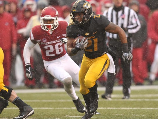 Missouri Tigers running back Ish Witter (21) is expected