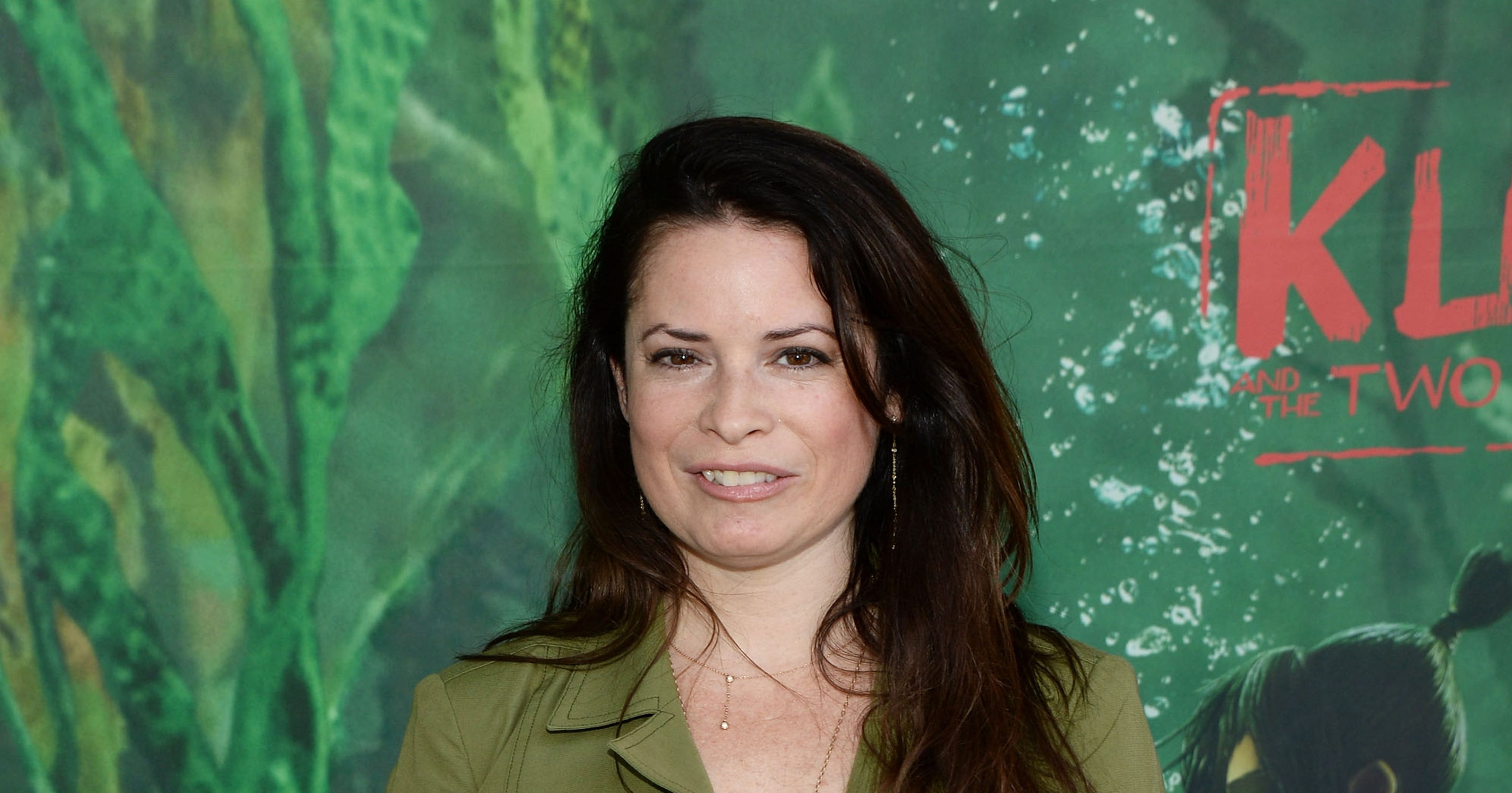 Charmed Star Holly Marie Combs Dismisses Cw Reboot Plan