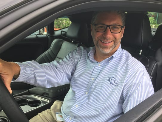 Paul Makurat, Alta Resources managing director in Fort Myers, during a hiring event that highlighted the company's work with automotive brands.