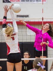 South Fork plays against Jensen Beach during the high school volleyball District 13-7A final Thursday, Oct. 19, 2017, at South Fork High School in Tropical Farms.
