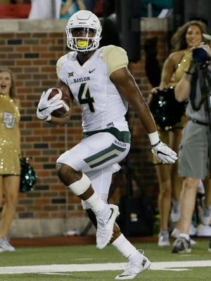 Baylor wide receiver Jay Lee runs in a touchdown against SMU on Sept. 4, 2015, in Dallas.