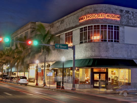 The South Beach museum attracts 30,000 visitors annually.