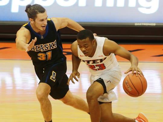 UTEP's Deon Barrett races Alaska-Fairbanks' Brandon