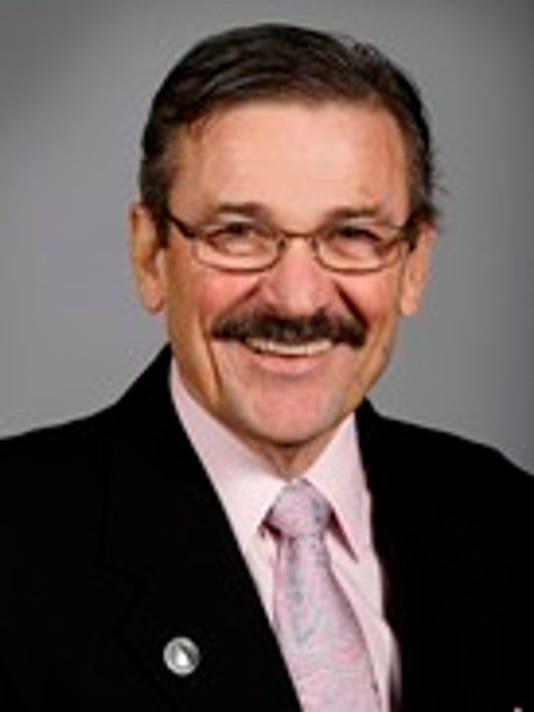 Sen. Tom Courtney