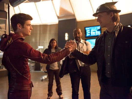 Barry Allen (Grant Gustin) and Jay Garrick (Teddy Sears)