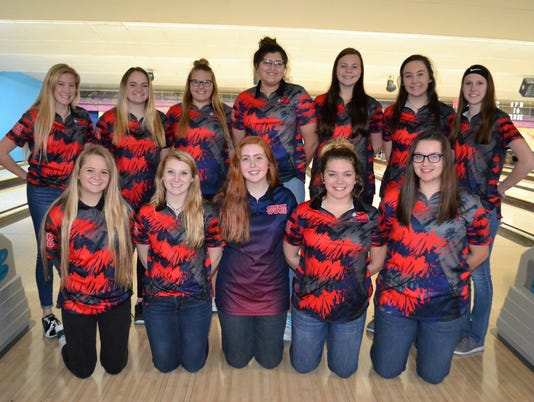 636517811754593519-2017-18-CW-Lady-Red-Hawks-Bowling-Team.jpg