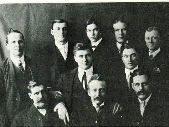 "A photo of the ""1901 Bachelors of Van Meter,"" which"