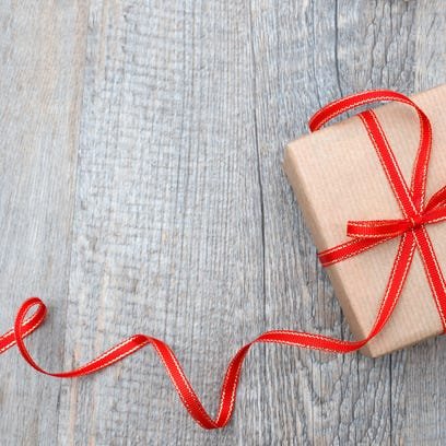 8 local food and drink gifts for the holidays