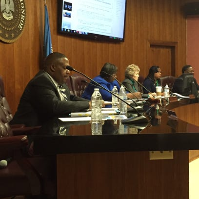 Monroe City Council approves resolution that continues