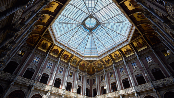 The Palacio de Bolsa's domed courtyard is a must see