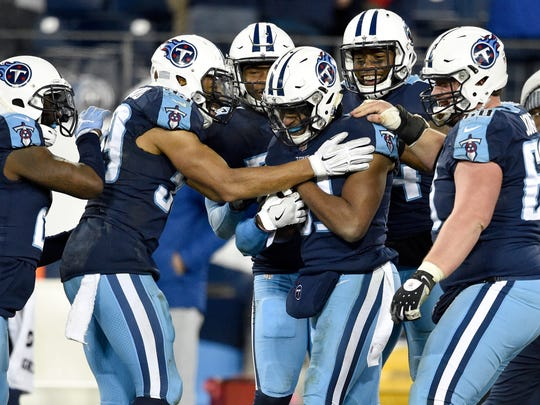 Titans safety Kevin Byard (31) is congratulated by