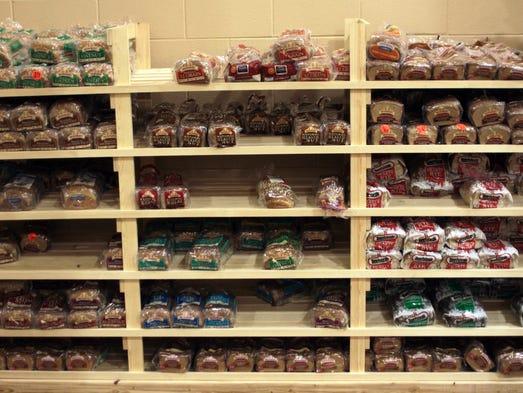 Food Pantry Vegetable Display