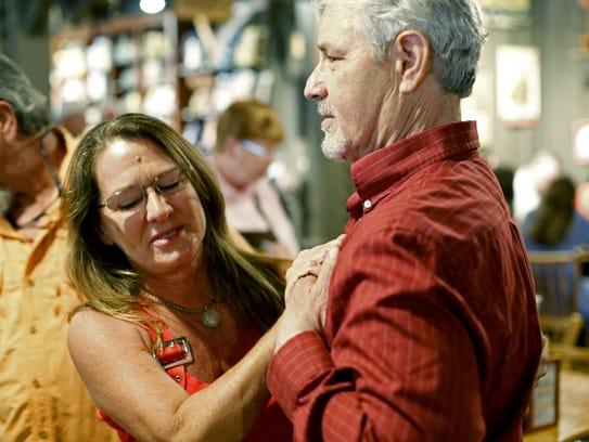 Lung transplant recipient Paul Dukor meets Joni Hennessey,