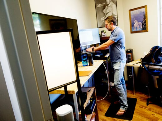 Jason Hubbard works in the Your Growth Expert office
