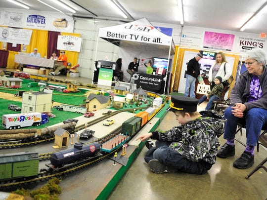 "The Northwest ""G"" Railroad Club will bring its portable, modular railroad to the Polk County Home and Garden Show this weekend."