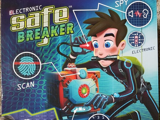 Safe Breaker gives you the tools you need to crack the code -- all you need to provide is nerves of steel.