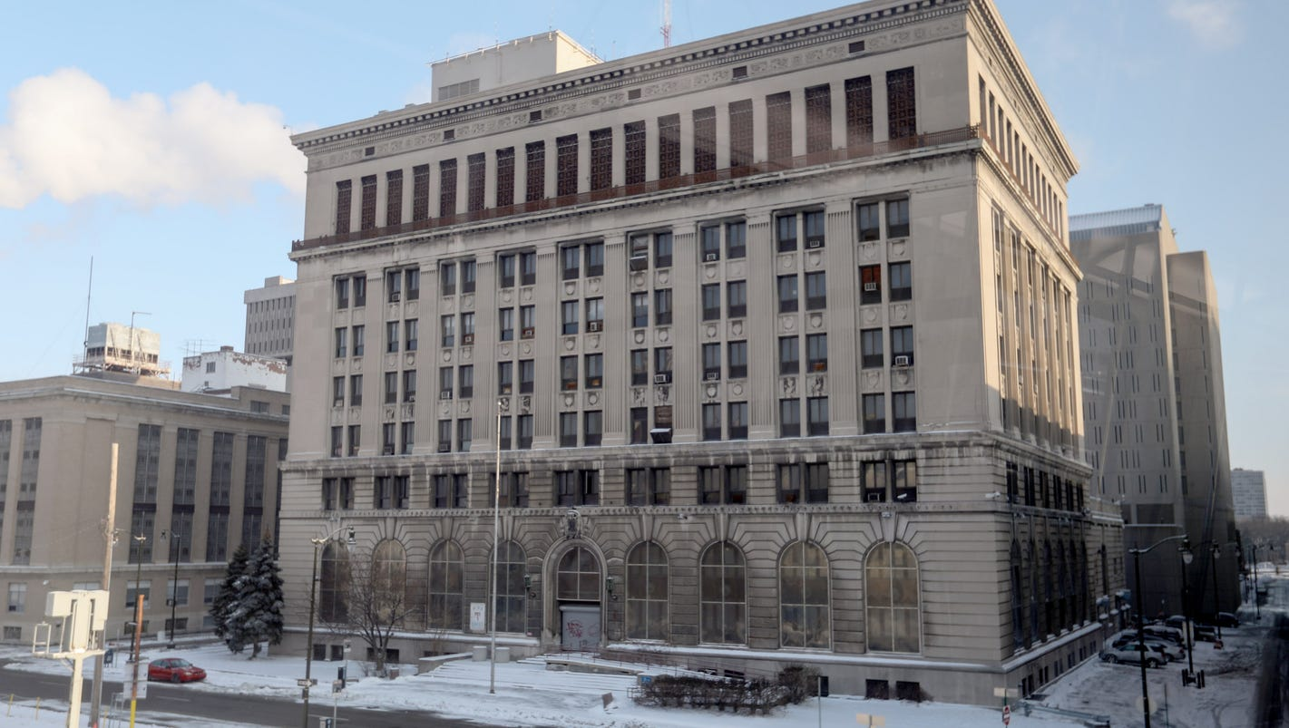 Detroit's old police HQ: Escapes, vanishing evidence, bird corpses
