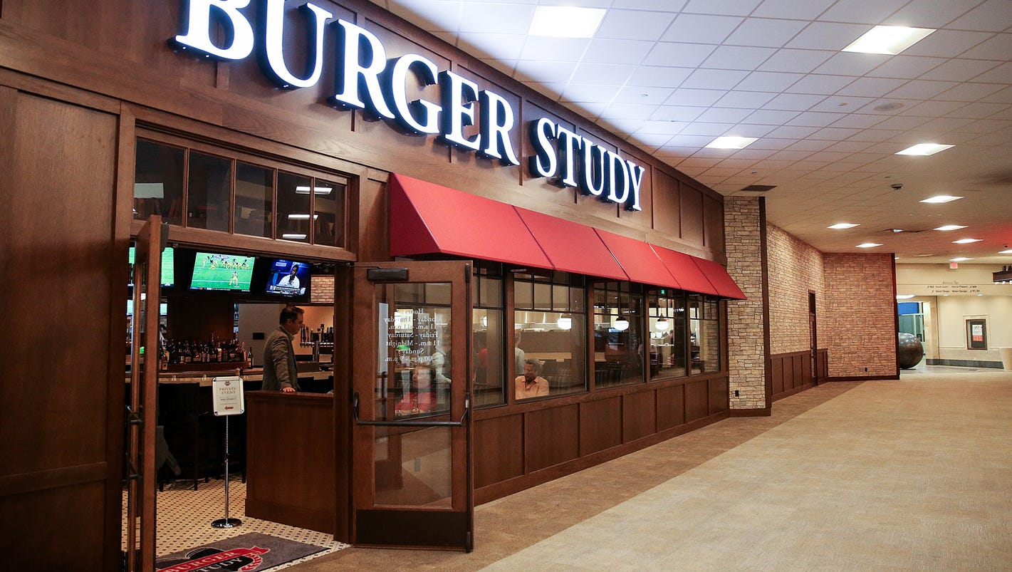 Indianapolis Restaurant Burger Study Is From St Elmo Steakhouse