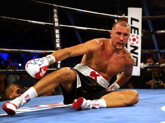 Kovalev_Alvarez_Boxing_88318.jpg