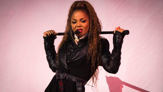 Janet Jackson's State of the World Tour arrived at FedExforum on Wednesday night, entertaining a near-capacity crowd