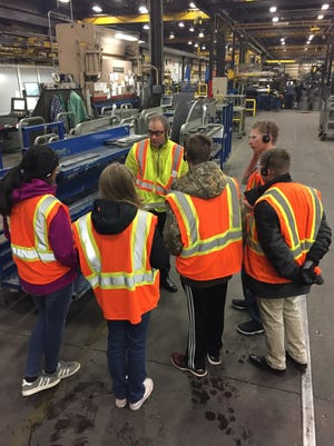 Students from the Young Entrepreneurs Academy at D.C. Everest Junior High tour Greenheck Fan Corp.