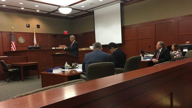 Defense attorney Warren Lindsey makes opening statement at the Needelman corruption trial.