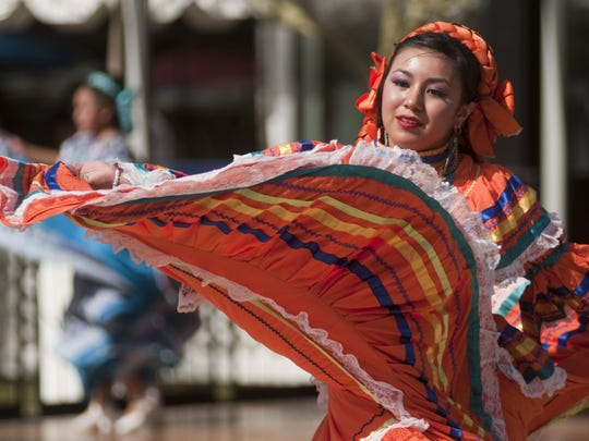 Folklorico dancers perform at the Tempe Tardeada.
