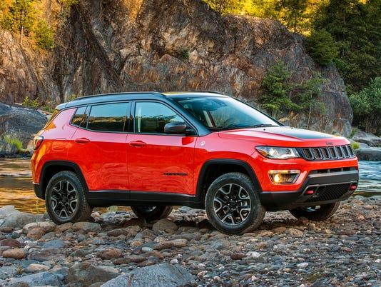 636410069593013323-2018-Jeep-Compass-21.JPG