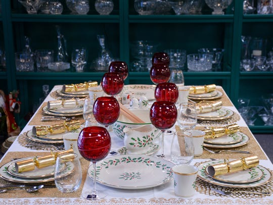 Traditional Lenox holiday china with Mikasa red baloon