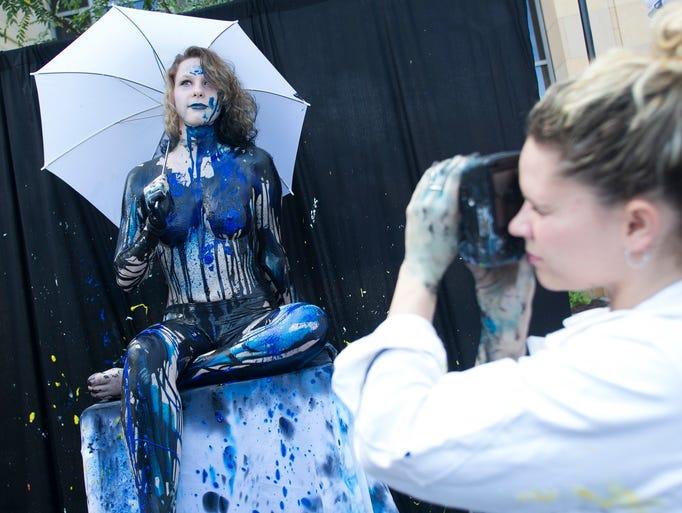 Model Eden Nelson, 18, poses for artist Diana Price