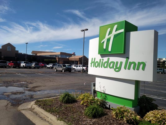 Holiday Inn Six Mile
