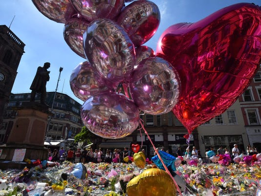 Manchester Arena Bombing Attack Flowers Tribute