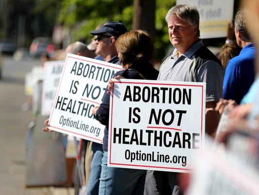 August 22, 2015. Planned Parenthood, Cincinnati, Abortion, Liz Dufour