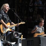 Hall and Oates open Daryl's House in Pawling