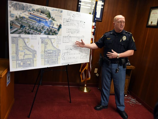 636228452183521377-HATBrd-11-20-2015-American-1-A003--2015-11-19-IMG-HPD-press-conference-2-1-UFCJGECU-L713562351-IMG-HPD-press-conference-2-1-UFCJGECU.jpg