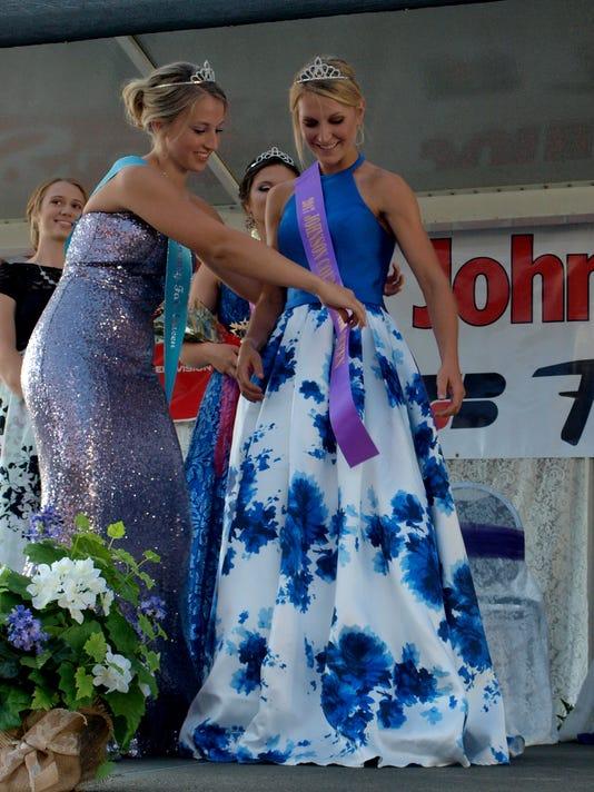Johnson County Fair queen winner 2017