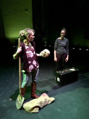 With an all-female cast, Women Playing Hamlet will