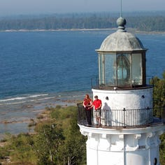 8 spectacular Lake Michigan lighthouses to visit in Wisconsin