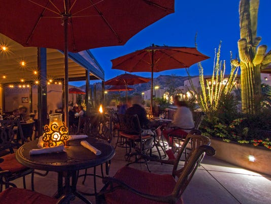 Terraza-Patio-Night.jpg