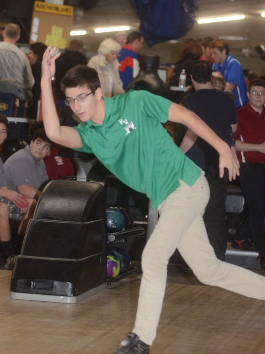 Pascack Valley bowler Henry Tipping