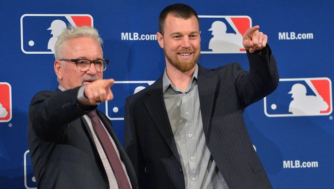 Ben Zobrist said he expects to win a World Series with Joe Maddon and the Cubs, who may still target Cardinals outfielder Jason Heyward.